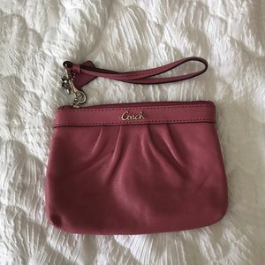 coach wallet and necklace